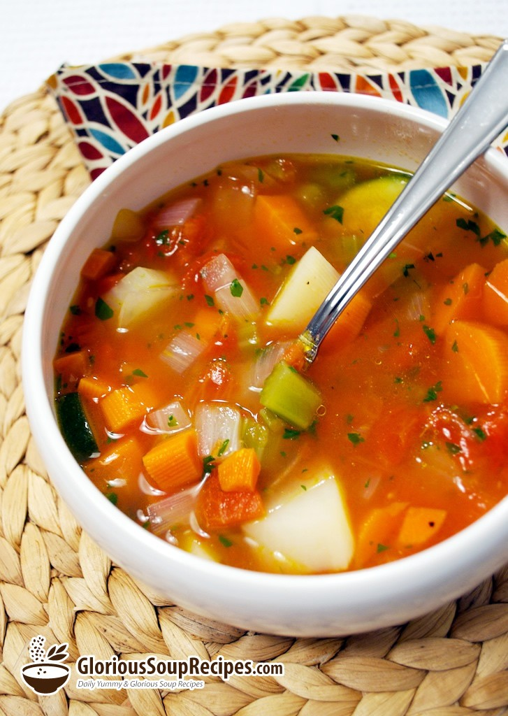 vegetable soup recipe that is very tasty, easy and quick to make!