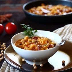 How To Make Ham and Chickpea Slow Cooker Soup