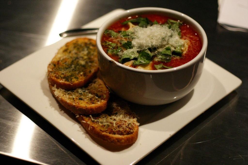 How To Make Tomato Gorgonzola Soup : Glorious Soup Recipes