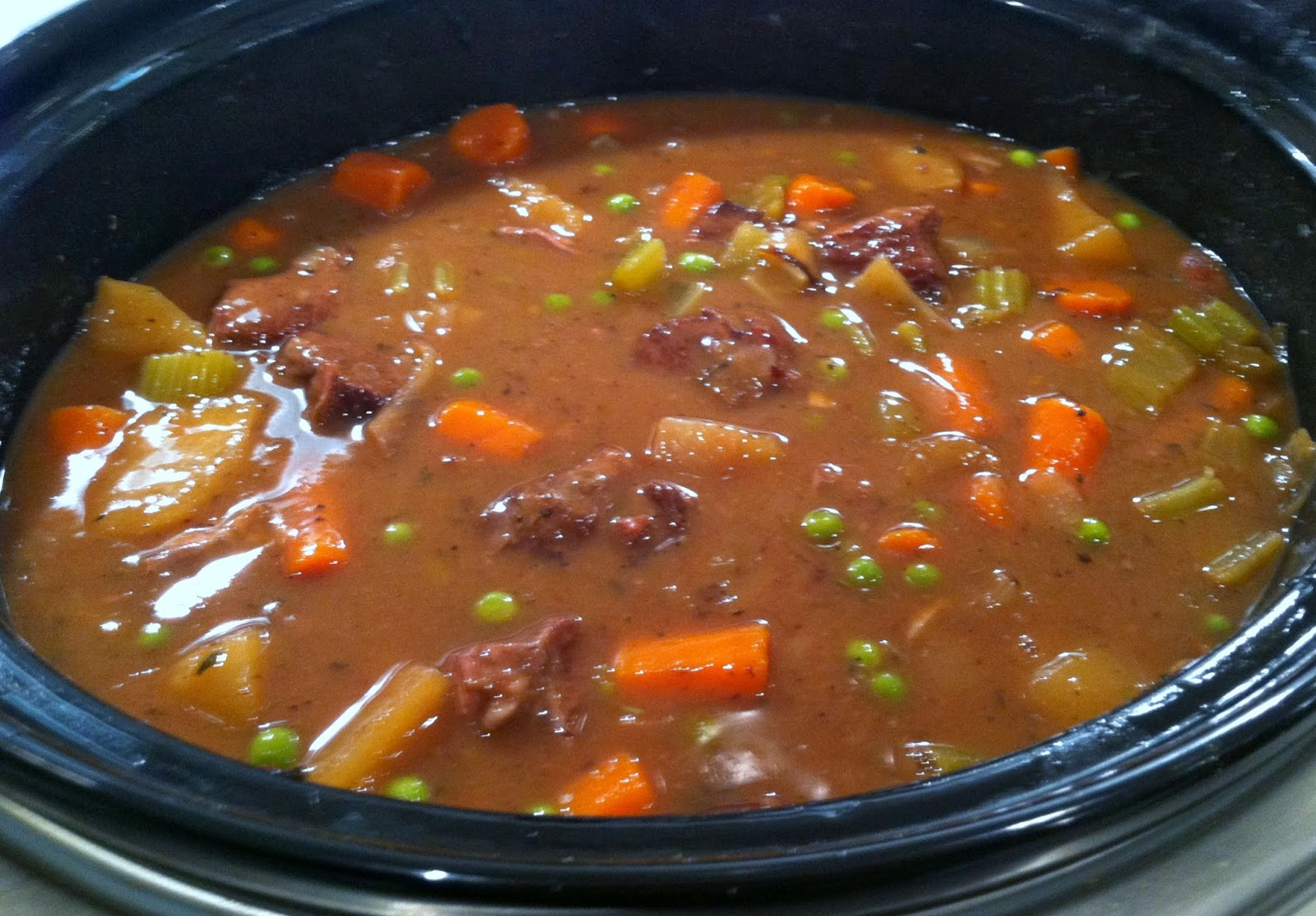 How To Make Slow Cooker Vegetable Beef Soup : Glorious Soup Recipes