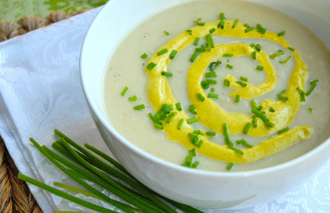 Cream of Cauliflower Soup II : Glorious Soup Recipes
