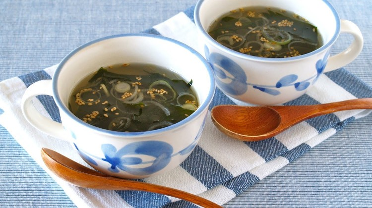 Korean-style Seaweed Soup Recipe