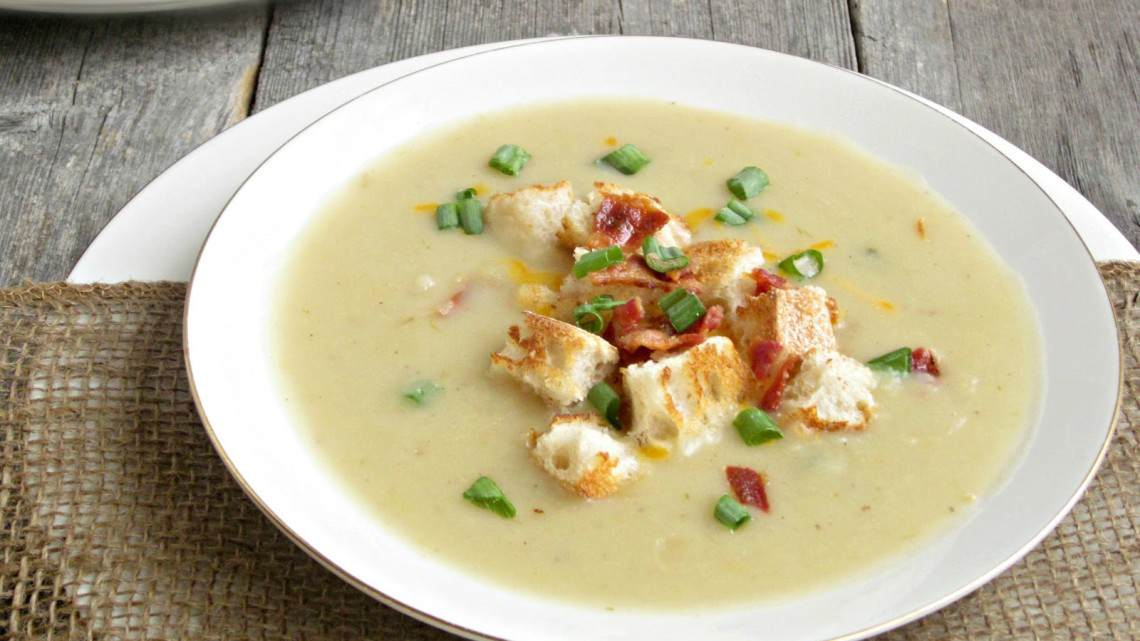 How To Make Creamy Potato Leek Soup II : Glorious Soup Recipes