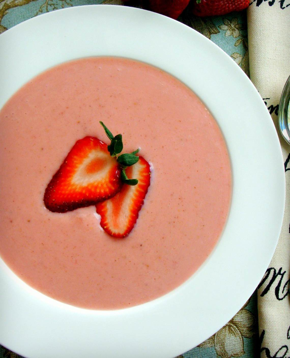 Strawberry Soup I Recipe : Glorious Soup Recipes